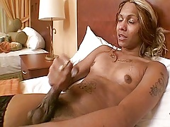 Black t-girl huge cumshot