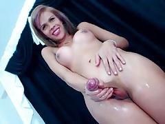 hung huge cock trans 1