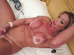 HOT BRAZILIAN SHEMALE CUMPILATION ( 3 )